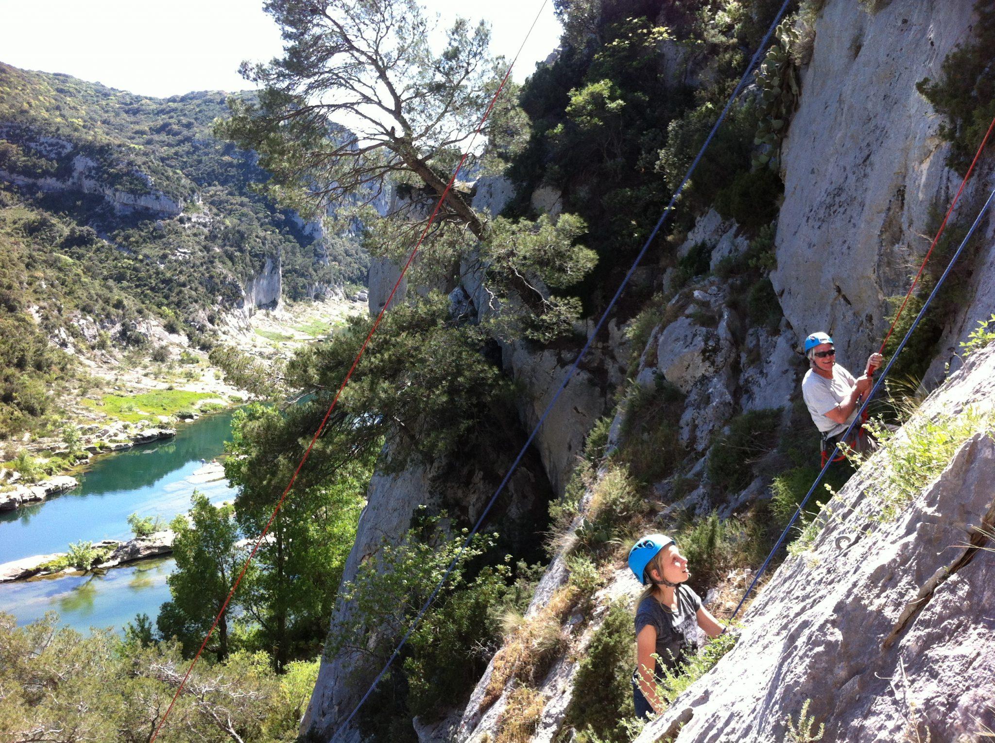 débuter l'escalade dans le Gard : Hérault gard Vaucluse Initiation escalade